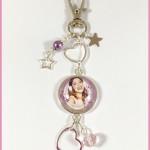 Porte Clés : Bijoux de Sac Cabochon Violetta 3 Stars